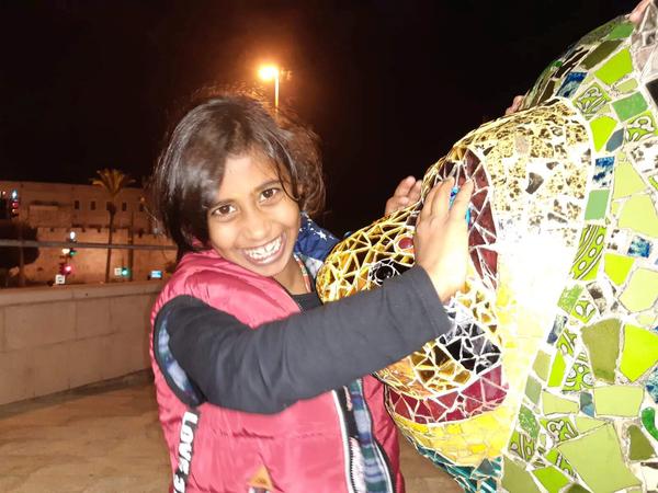 shahad with lion