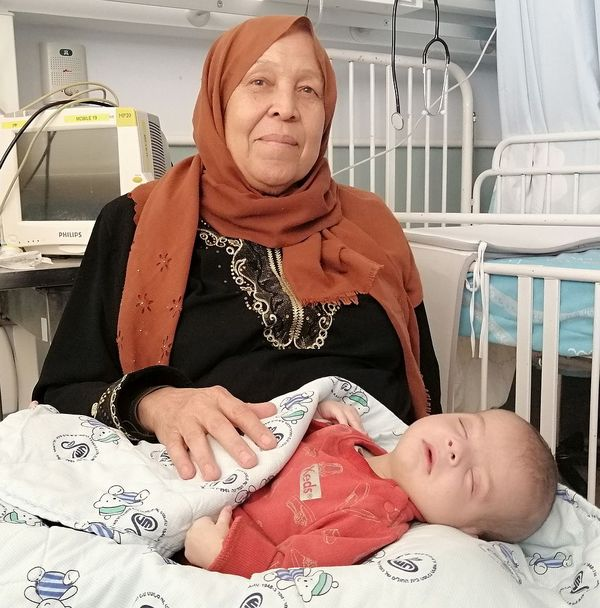 mahmoud and grandmother going home