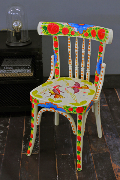 painted_bird_chair_lemon