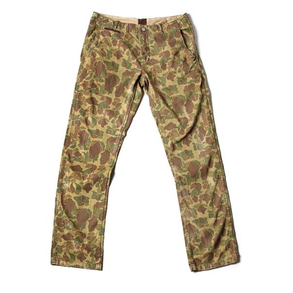 Strivers Row & Co. Woven Camo Trouser