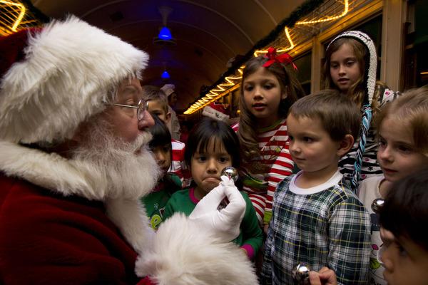 gcr_Santa With Kids