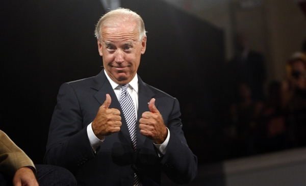 bidenthumbs 2