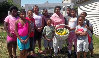 Gardening-Kids-Dorothy-HeartLove-Photo-Summer-2016-sm