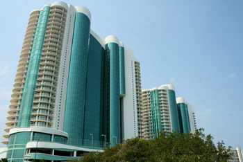 Turquoise Place Towers