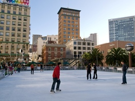Union-Square-Ice-Skating