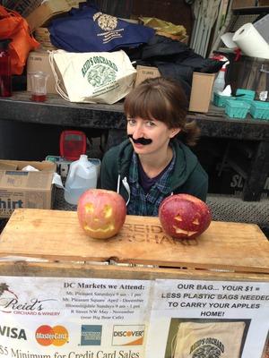 Kara with applelanterns