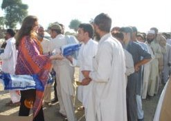 Water filter distribution in Akora Khattak