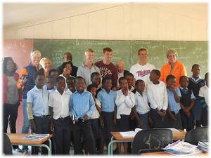 2013 travelers visit KwaShoti Primary School.
