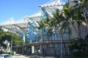 300px-Hawaii_Convention_Center 2