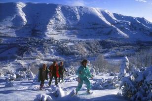 aa Vallee dAure Raquettes. Hautes Pyrenees