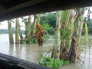 south asia flooding 8-14 3