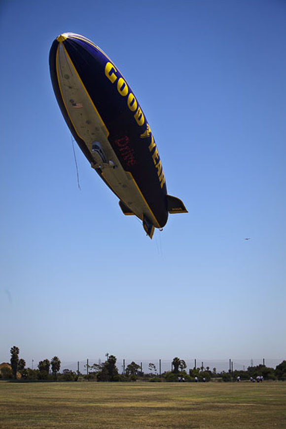 Blimp_9303 copy