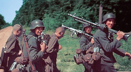 german soldaten mit MG43