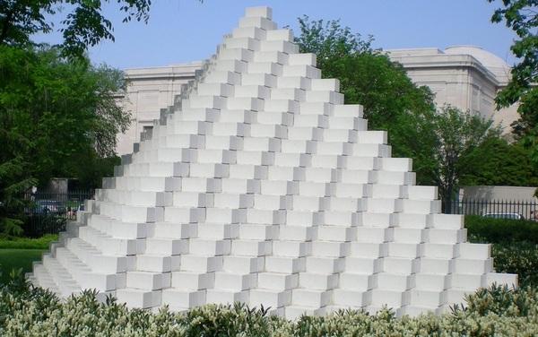 Sol DeWitt Foursided Pyramid