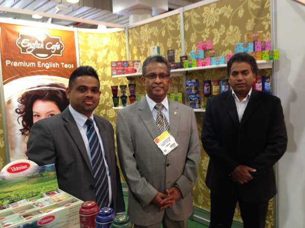 Ambassador Kariyawasam wih  Chamth Hettiarachchi and Arithta de Livera of Millanium Teas