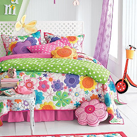 modern bloom quilt bedding.jpg