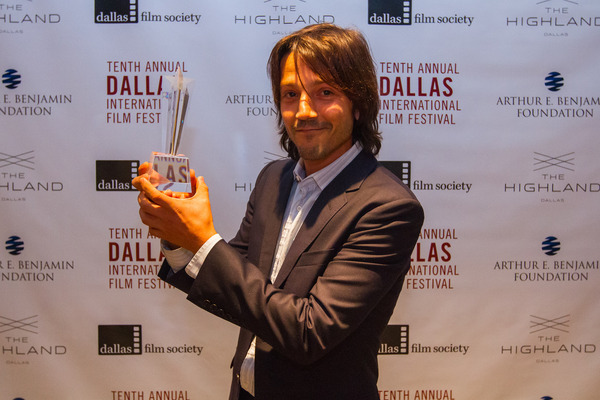 DIFF 2016 - DFS Honors (Diego Luna) 4.22.16 (Photo by Sam Hodde) 2