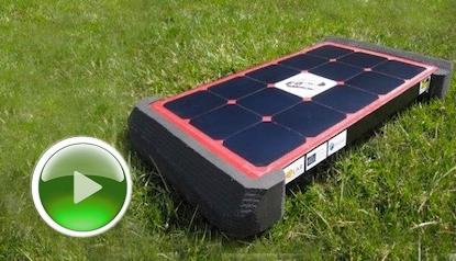 Solar Roller Grass Banner Play