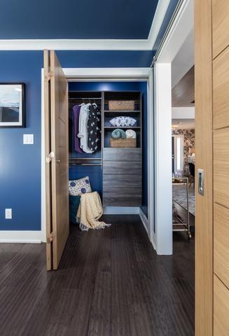 Closet Blue