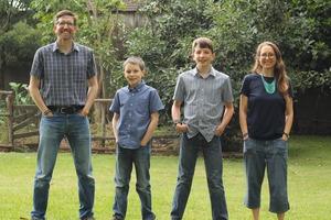 IMG_9403_Klingforth_family_portrait_lineup_BEST