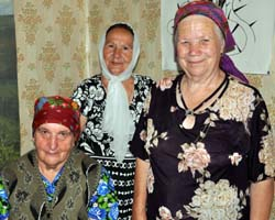 three babushkas_web